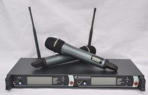 microfone-sennheiser-sem-fio-duplo-em2500-g3-igual-ew135-g3-d_nq_np_457021-mlb20680451293_042016-f